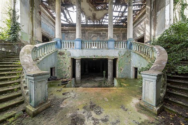 HeartShaped Staircase.jpg