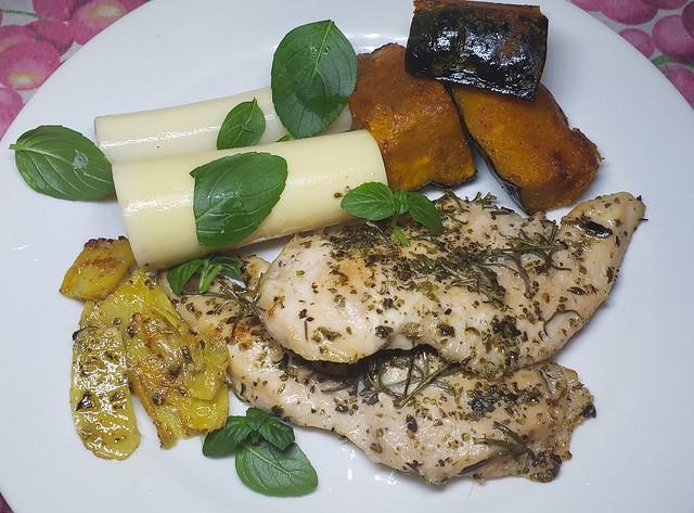 #151119 #almoço #peito de #frango #grelhado #palmito #kabotcha #lunch #grilled #chicken #palm #cabotcha