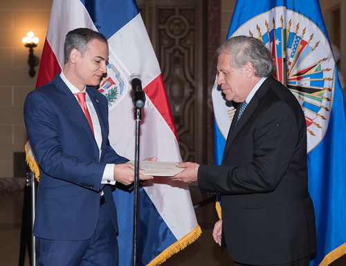 New Ambassador of the Dominican Republic Presents Credentials