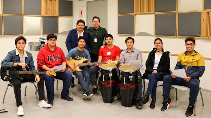 Dos docentes de la carrera de Música de USIL ganaron premios Grammy Latino 2019