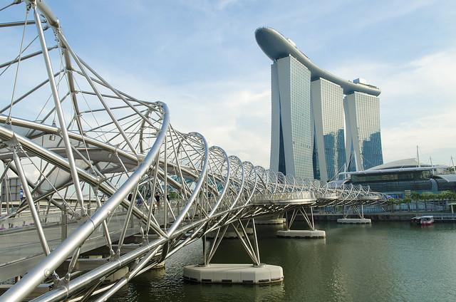 Helix bridge and Marina bay (Singapore)