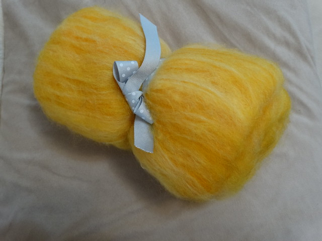 Yellow Batt (Velvet Sixpence)
