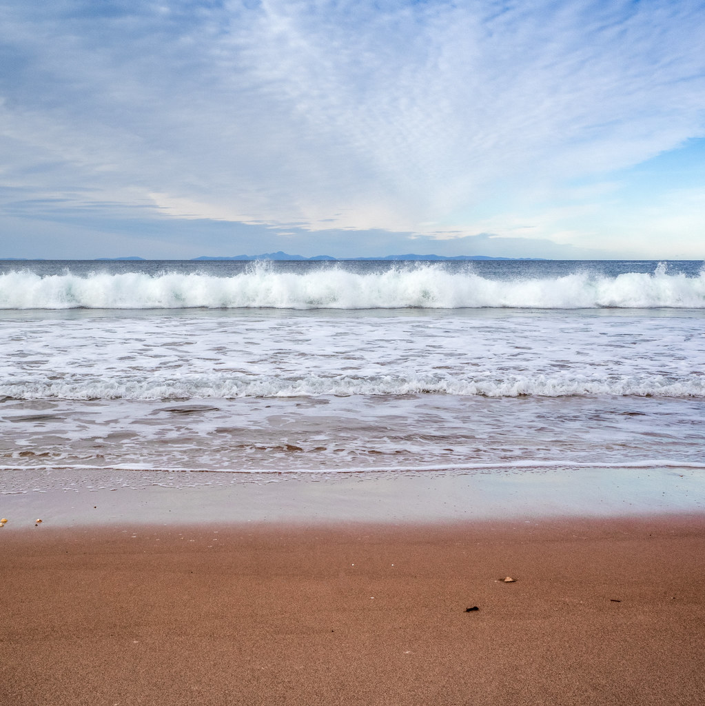 Wave. Red Point Beach near Gariloch.