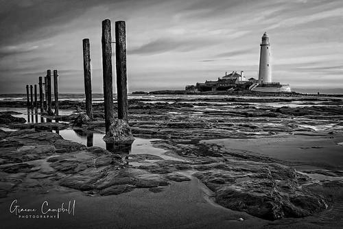 winter sunriselight sunrise uk water seascape rocks lighthouse light britain greatbritishlandscape england december daybreak dawn canon