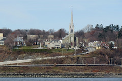 L'Église Saint-Michel de Sillery (1852-1854) viewed from across the St. Lawrence River in Saint-Romu