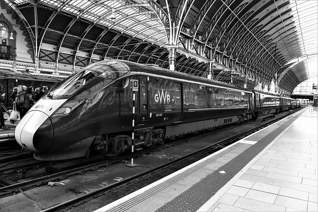 802003 at London Paddington waiting to work the 15:06 to Plymouth  on 10.11.19