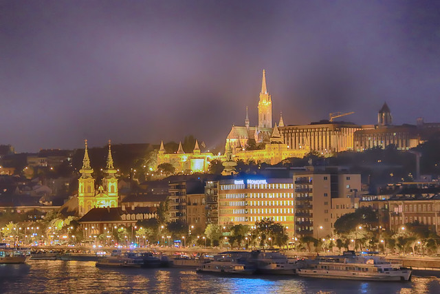 Buda's Castle at night