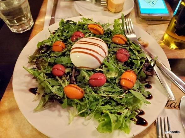 Burrata con Rucola e Pomodorini