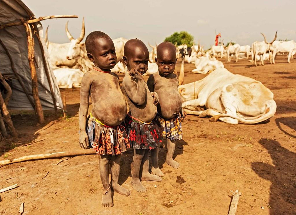 Mundari Girls, South Sudan