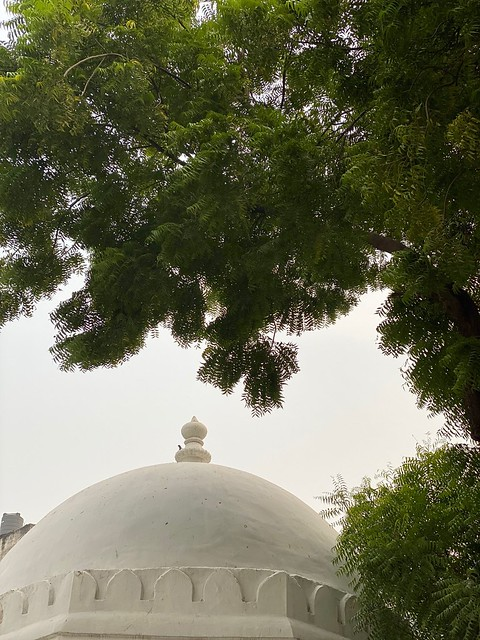 City Faith - Hazrat Naseeruddin Chirag Dehlavi's Sufi Shrine, South Delhi