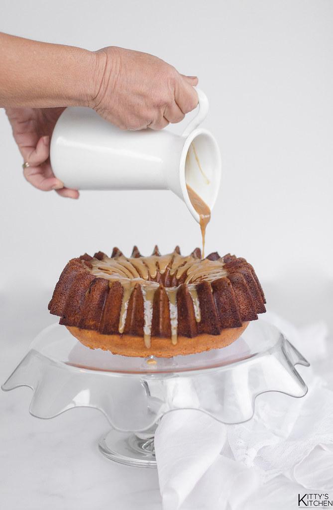 bundt cake mandorle e caramello (39)