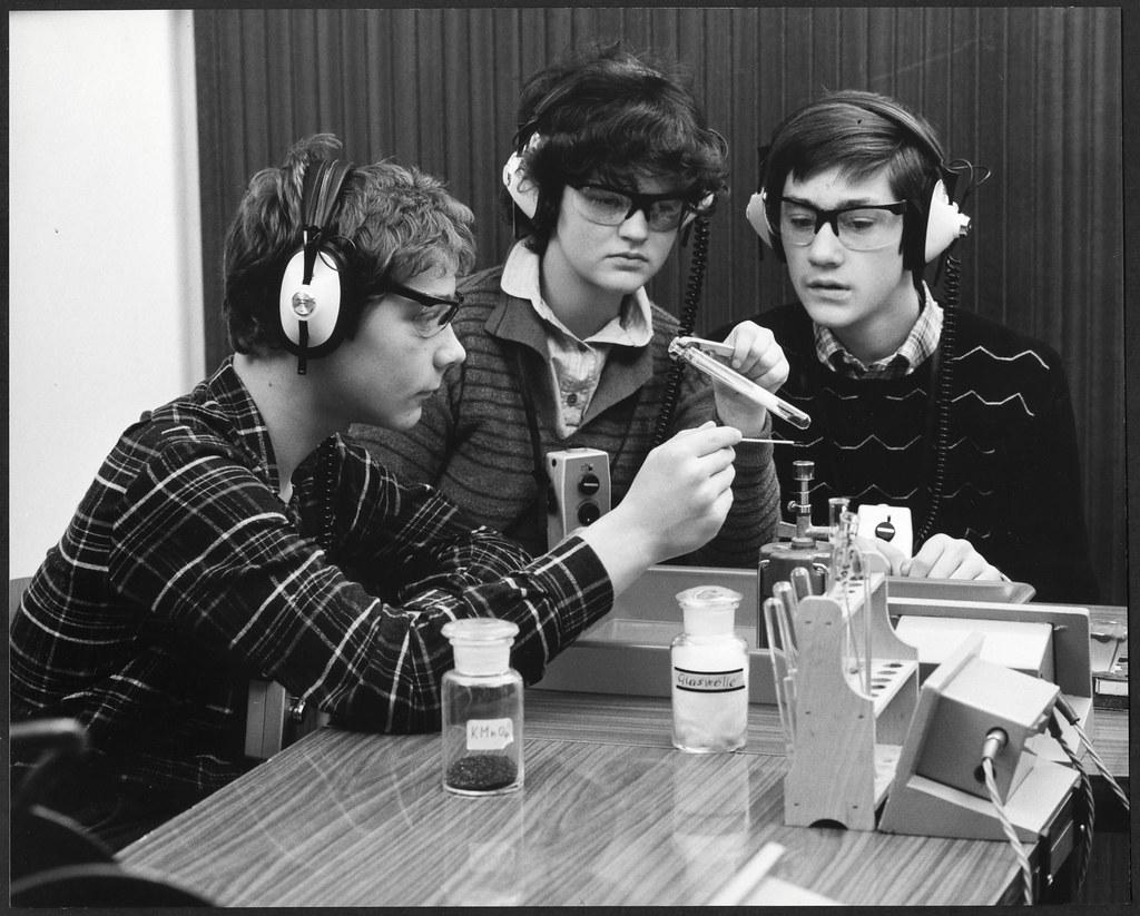Archiv U437 Chemie-Unterricht, Kaliumpermanganat, 1960er
