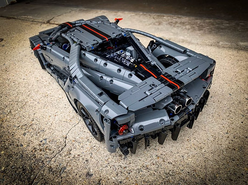 @lego_tactics did the impossible and created the first gun metal grey Ford GT  Follow @loxlego on Instagram