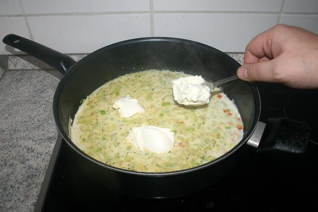 28 - Frischkäse addieren / Add cream cheese