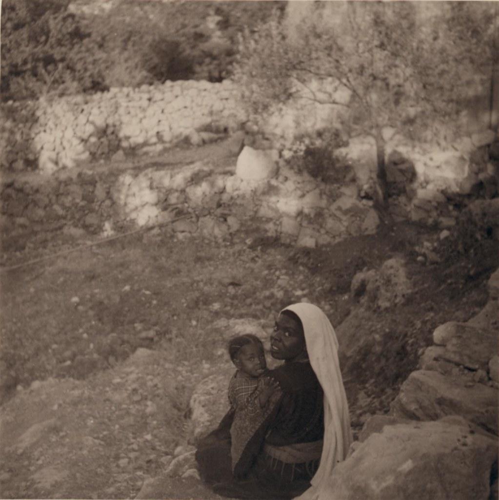 14. 15 июня. Негритянка Фалла и ребенок вБейт-Джале