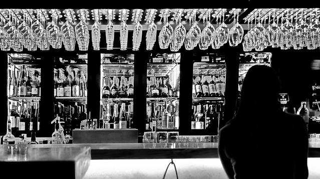 single in the vine bar