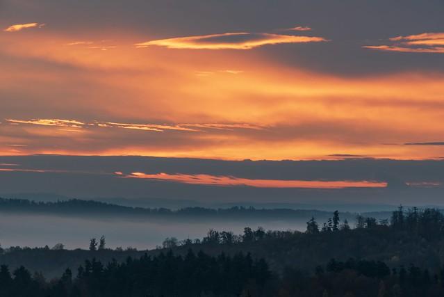 Versteckt hinter Wolken / Hidden behind clouds
