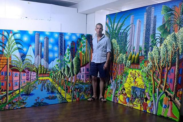 אסף הניגסברג בביקור בסטודיו של הצייר הישראלי רפי פרץ צייר אמן ישראלי מודרני עכשווי אמנות ישראלית עכשווית מודרנית ציור נאיבי  אקריליק  ציורים  נאיביים למכירה