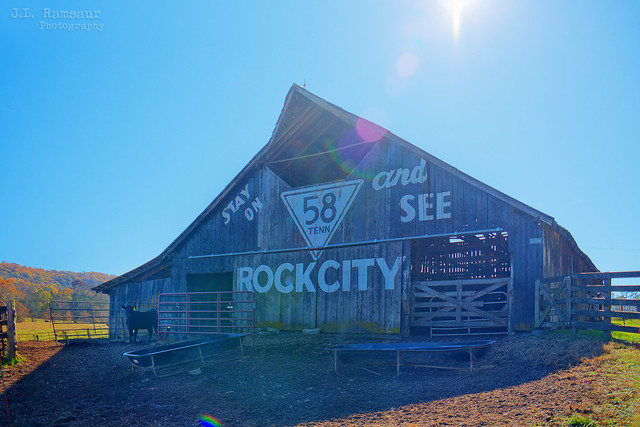 Stay on TN 58 to see Rock City barn - Barnard, Tennessee