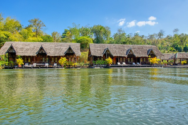 Floating hotel on the river Kwae Noi in Kanachaburi province, Thailand