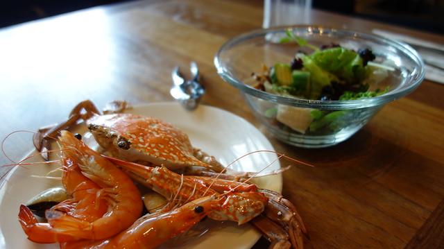 在國賓吃buffet,開心果的蝦蟹與沙拉