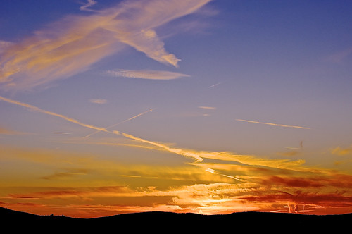 binghamton newyork susquehannarivervalley viewfromeastoftown sunyupstatemedicaluniversity clinicalcampus appalachianmountains autumn novemberfreeze sunset sunsetcolors