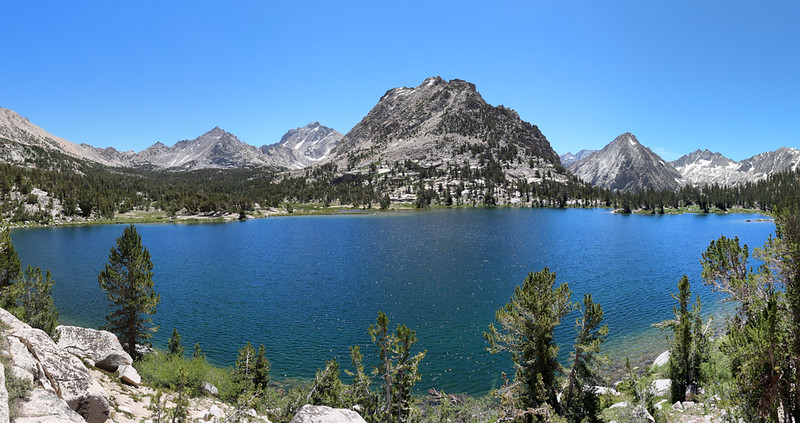 Panorama view of Bullfrog Lake, Kearsarge Basin (left) Kearsarge Pinnacle #10 (center) and East Vidette (right)