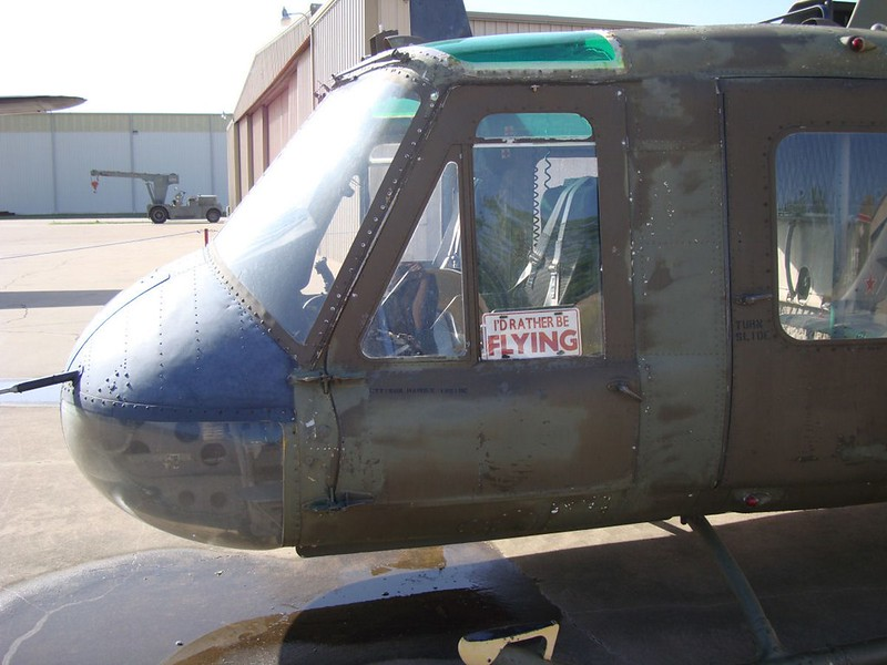 UH-1B Iroquois 2