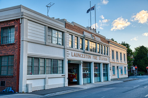 luminosity7 launceston tasmania nikon d850 architecture art deco fire station sunset retro
