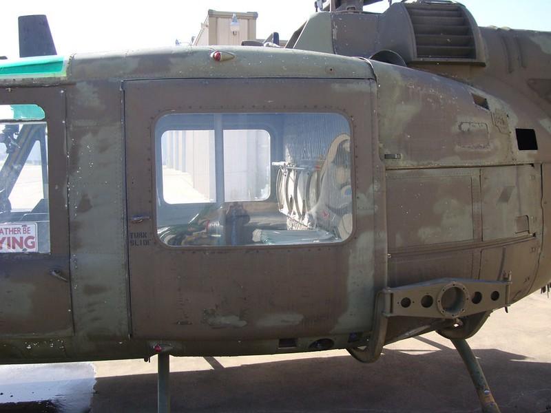 UH-1B Iroquois 3