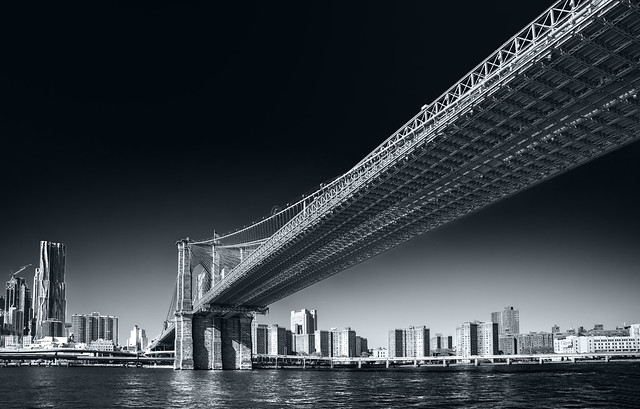 Brooklyn Bridge - Lower Manhattan - New York -