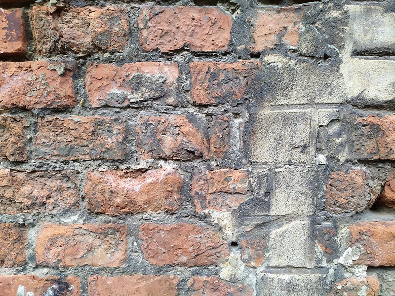 Brick Wall texture - by TexturePalace.com