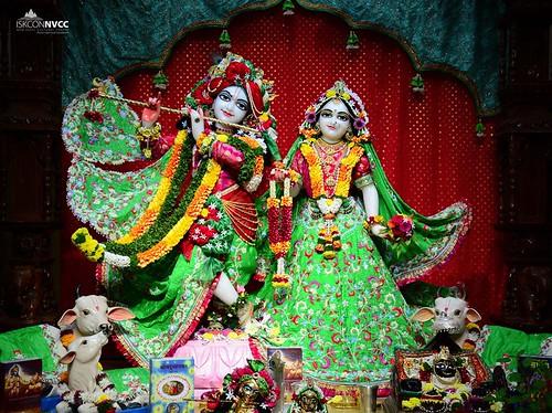 ISKCON Pune NVCC Deity Darshan 17 Nov 2019