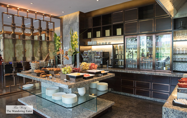 Beverage area and breakfast pastries station at the Mandarin Oriental Club lounge