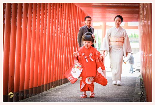 七五三 瀬戸市の深川神社の赤い鳥居