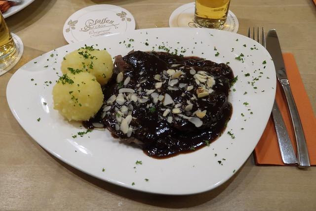 Rheinischer Sauerbraten mit Kartoffelklößen
