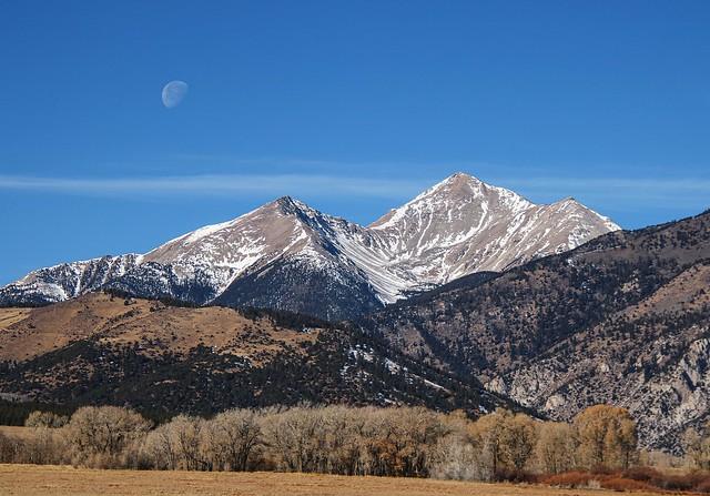 Mt Yale Moonset