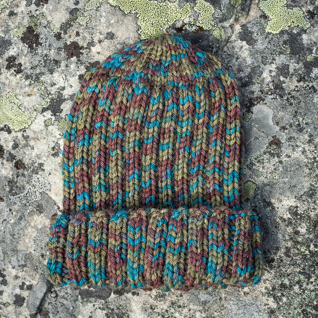 A rib hat in bulky yarn