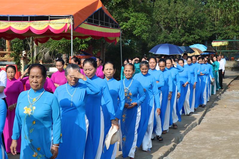 Con Nam (2)