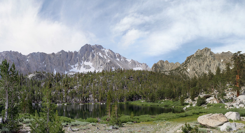 Gilbert Lake and University Peak from the Kearsarge Pass Trail