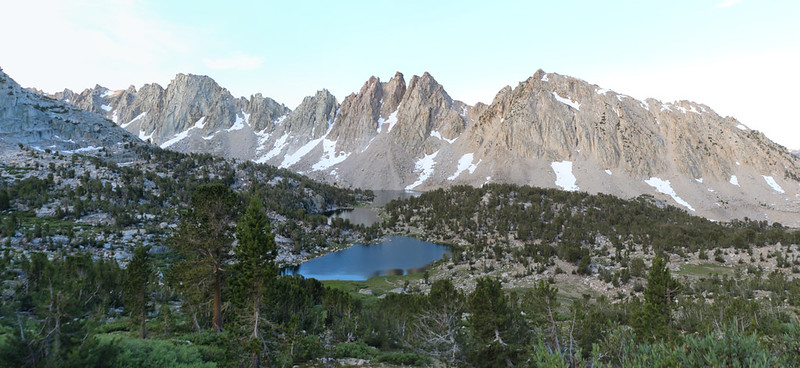 The dawn light on the Kearsarge Pinnacles, with the Kearsarge Lakes down below us
