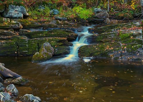 waterfall waterfalls kentfallsstatepark connecticut fall autumn landscape