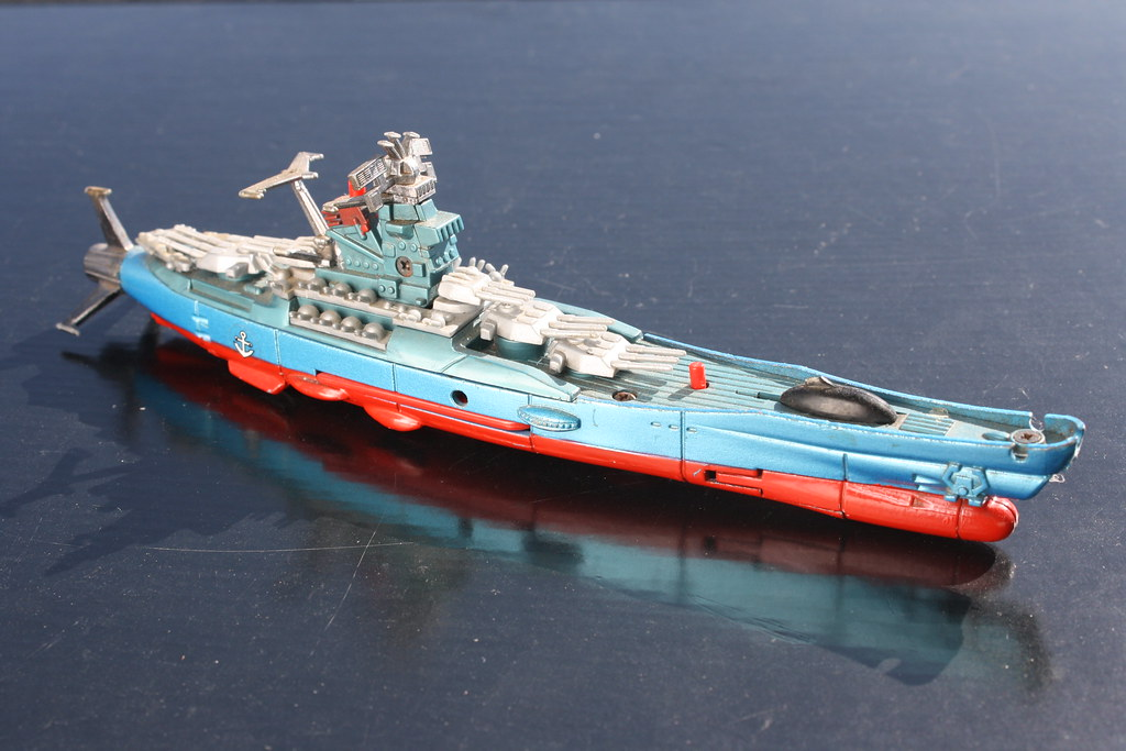 Die-Cast Metal Space Cruiser Yamato ( Popynica 1980 )