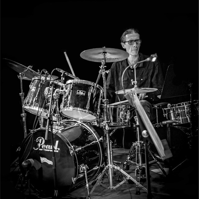 le batteur - the drummer