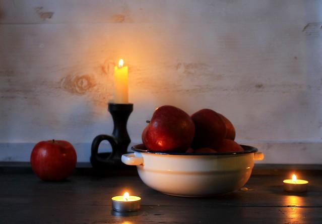 Autumn candle design