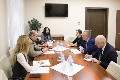 18.11.2019 Întrevederea Președintelui Comisiei cultură,educație, cercetare, tineret, sport și mass-media, Adrian Lebedinschi cu membrii OSCE