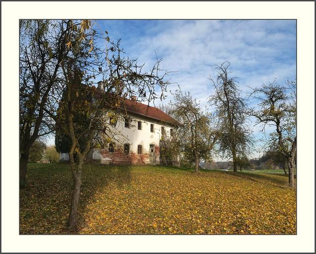 Rottal - altes Sacherl in Priel mit Obstgarten