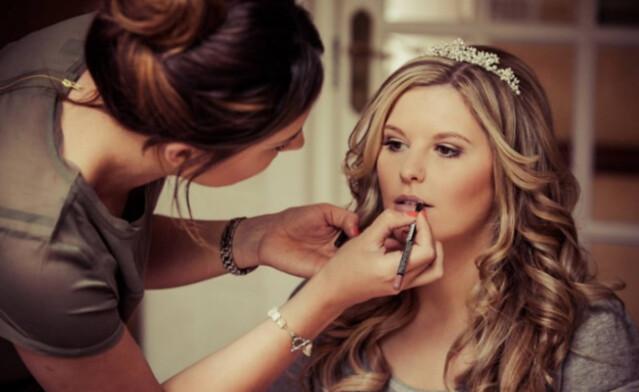 Belajar Makeup dan Kursus Rias Wajah Terbaik