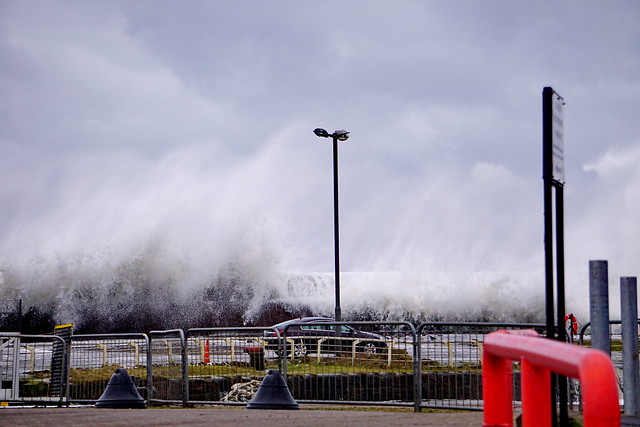 Ardrossan winter wave