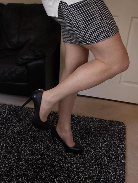 Today's legs 'n heels 😊❤️👠